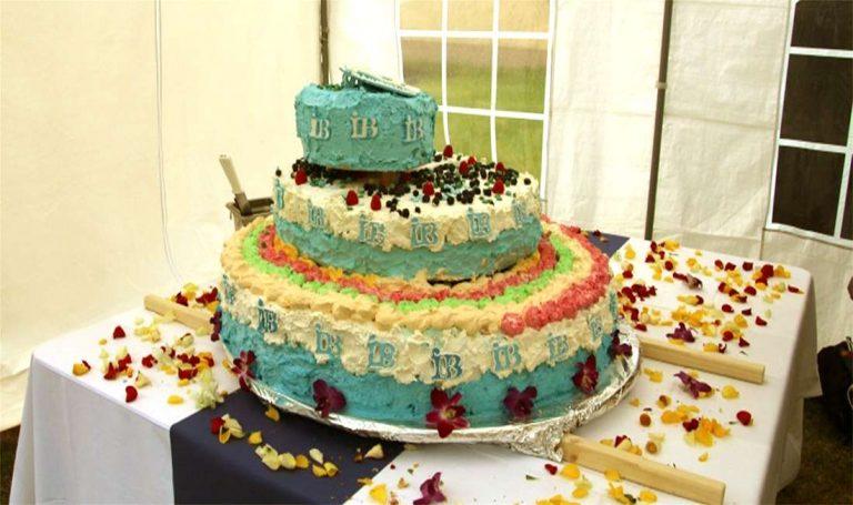 Geburtstagstorte zum 25. Jubiläum des IB