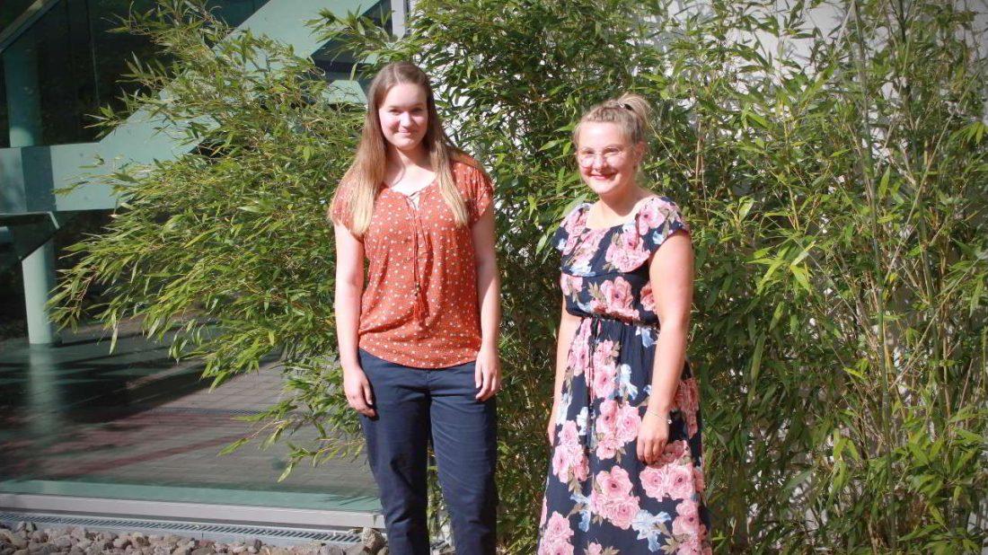 Auszubildende Vanessa Kubisch und Patricia Dietze
