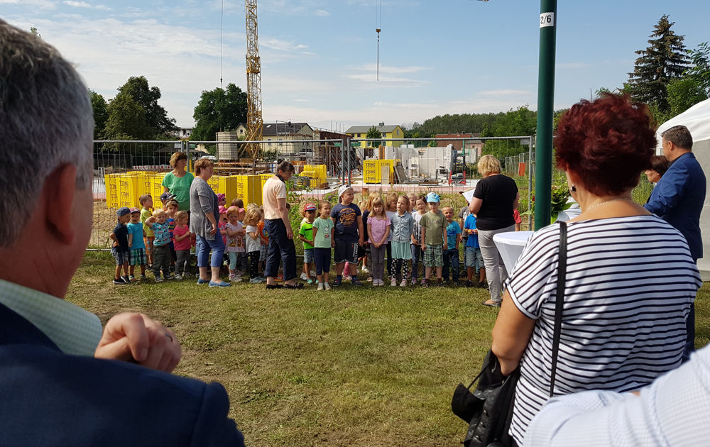 Programm der Kinder zum Besuch des Staatssekretärs Dr. Thomas Drescher